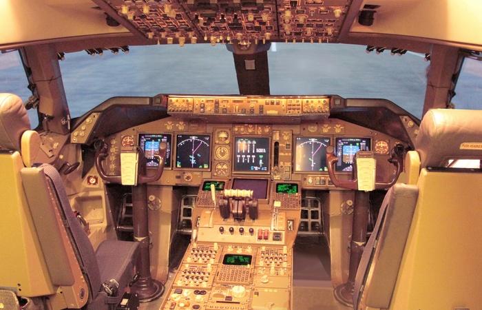 Кабина Airbus A380, принадлежащего принцу Саудовской Аравии аль-Валиду ибн Талалу.
