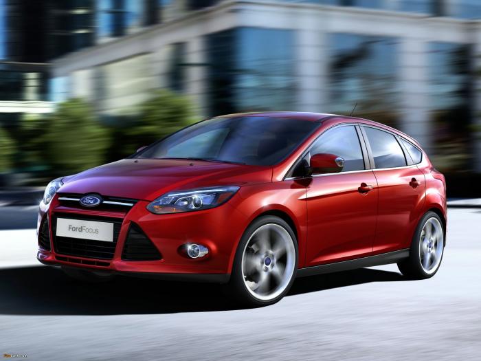 Не самый популярный бренд, но все же берут и машины Ford.