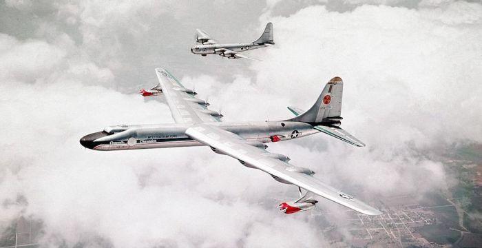 Атомные самолеты.