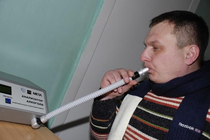 Едем в больницу и проверяемся.  Фото: auto.mail.ru.
