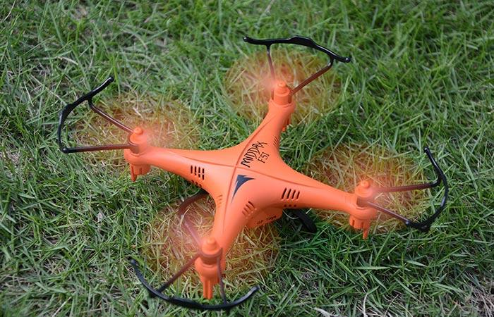 Водонепроницаемый дрон F51C.
