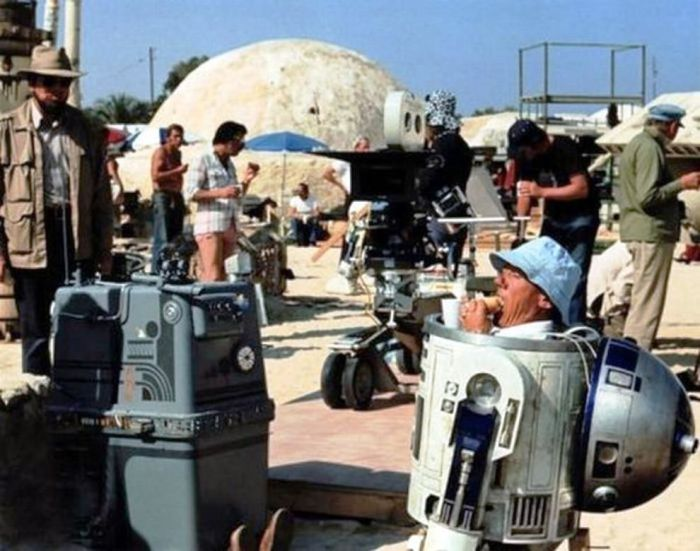 На съёмочной площадке Звёздных войн.