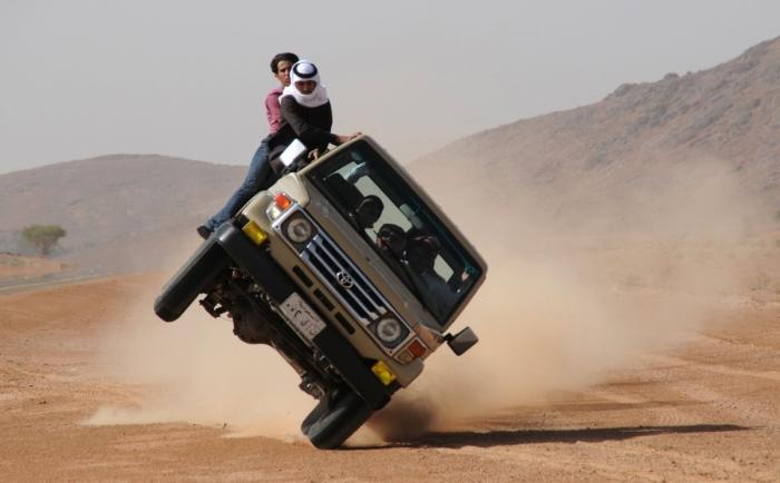 Они лучшие водители в мире, просто они еще и самые беспечные.