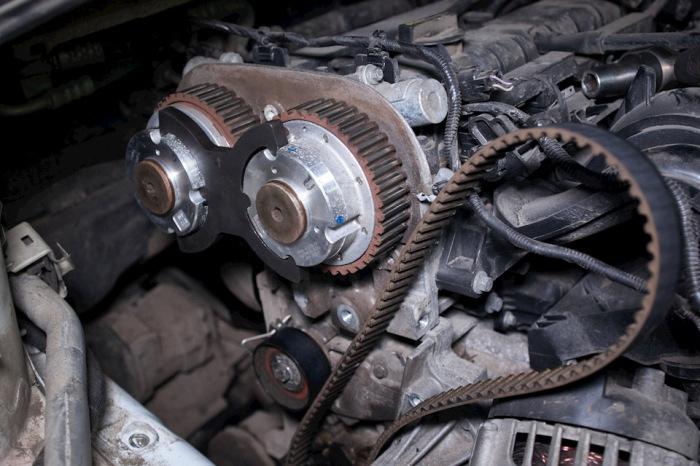 Ремень может начать спадать. |Фото: drive2.com.