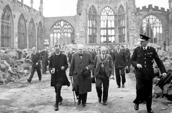 Черчилль не пожертвовал Ковентри.