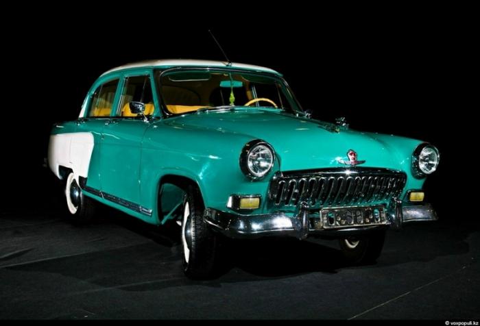 ГАЗ M-21 (1959).