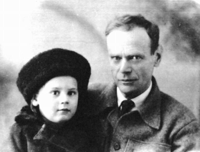 Евгений Самойлович Гуревич с дочерью. |Фото: shotguncollector.com.