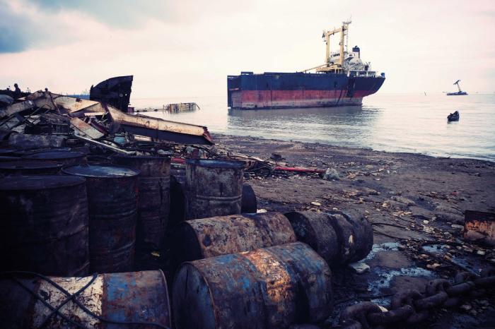 Корабли просто пускают на черный лом. |Фото: vsyako.net.