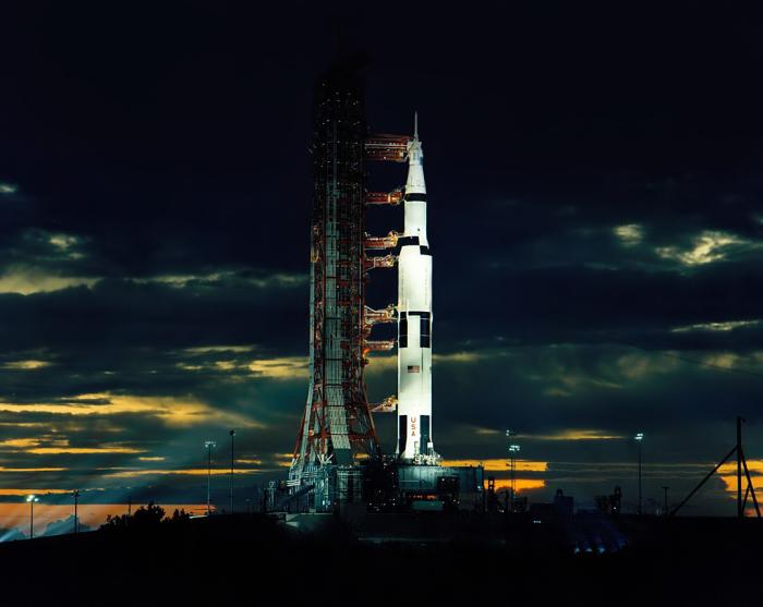 Космолёт Saturn V.