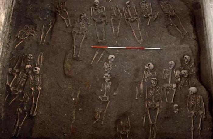 Многочисленные скелеты похотливых монахинь в Оксфорде.