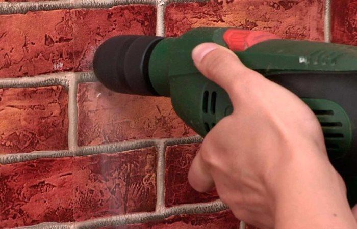 как просверлить кирпичную стену обычной дрелью