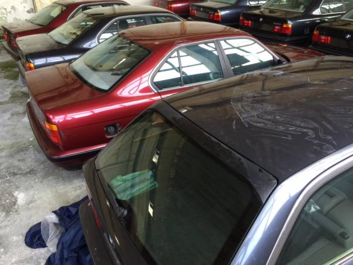 У некоторых авто есть небольшие дефекты на кузове.    Фото: Facebook.com «Център за БОРБА с Ръждата».