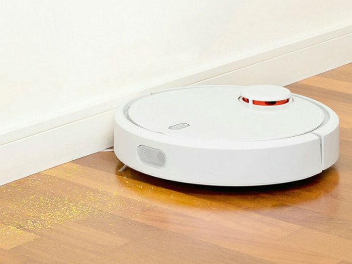 Уберет во всем доме Xiaomi Mi Robot Vacuum Cleaner.
