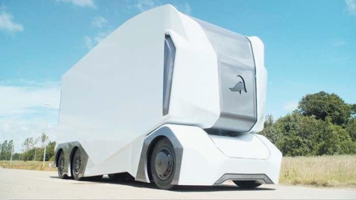 Грузовики с автопилотом это будущее.