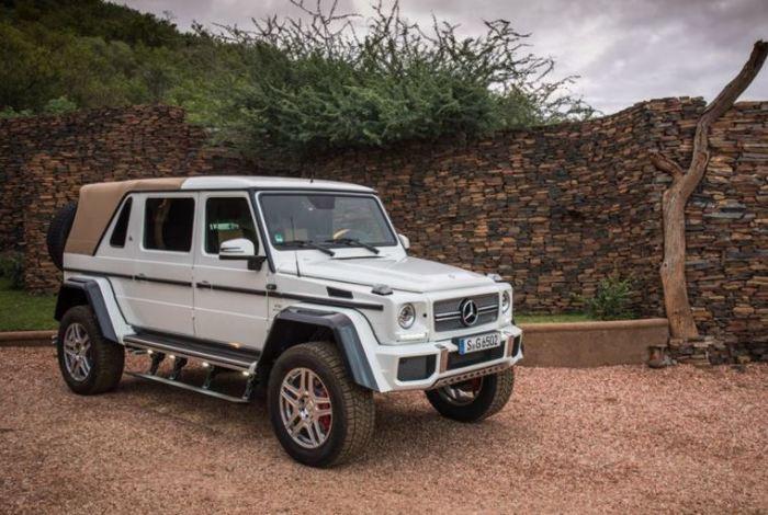 Как насчет Mercedes-Maybach G 650 Landaulet?