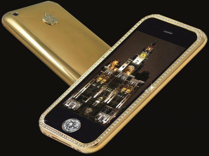 Один из самых дорогих смартфонов в свое время.