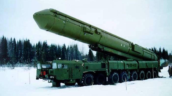 Российский мобильный ракетный комплекс стратегического назначения PC-24 «Ярс».
