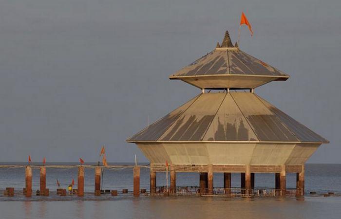 Храм, который можно увидеть только во время отлива.