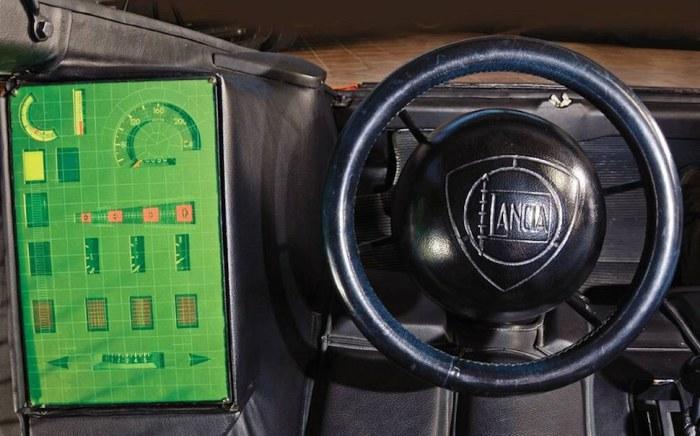 Абсурдный интерьер Lancia Stratos Zero.