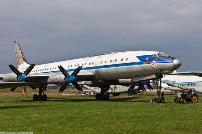 Красивый самолет. |Фото: yaplakal.com