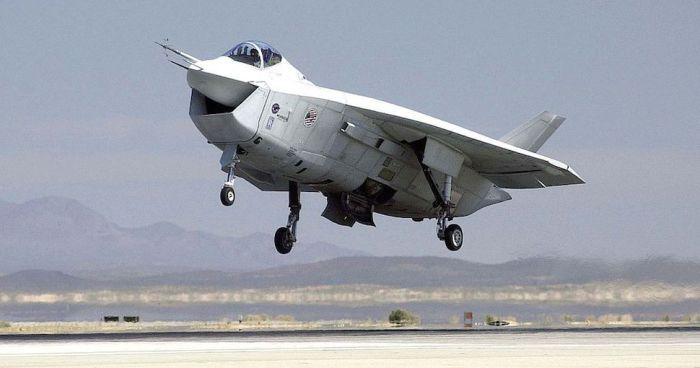 Boeing X-32  - аппарат, от которого отказались.
