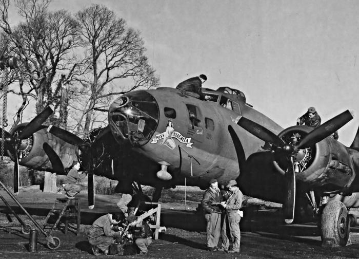 Бомбили немецкую промышленность. |Фото: b17flyingfortress.de.