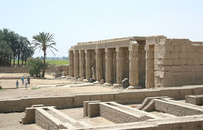 Древняя архитектура: храм Сети I.