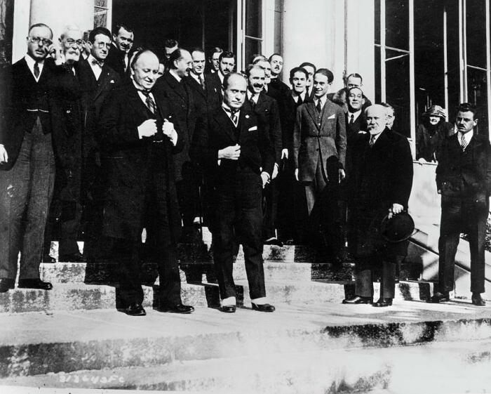Первую конференцию Турции навязали. |Фото: fb.ru.