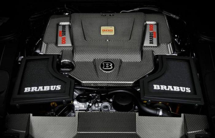 Двигатель 6,3л/V12/888лс с двойным турбонаддувом.