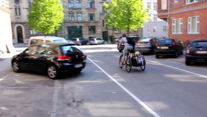 Scandinavian Sidecar в городском режиме.