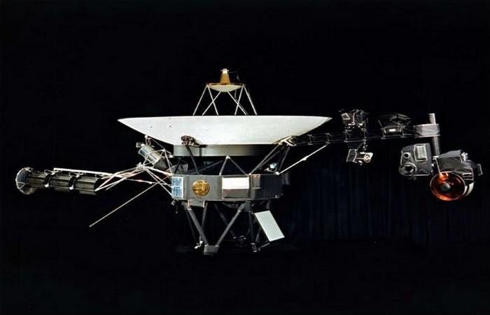 Первый космический корабль, который покинул Солнечную систему.