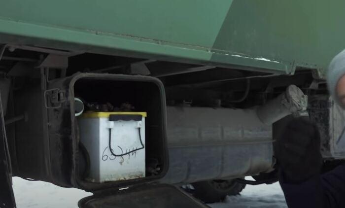 Поставили дополнительные батареи. ¦Фото: youtube.com.