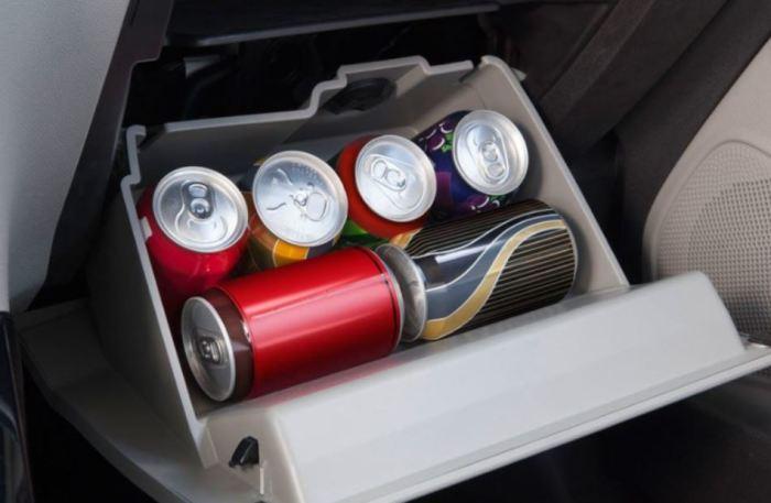 Бардачок может стать холодильником. |Фото: autosactual.mx.