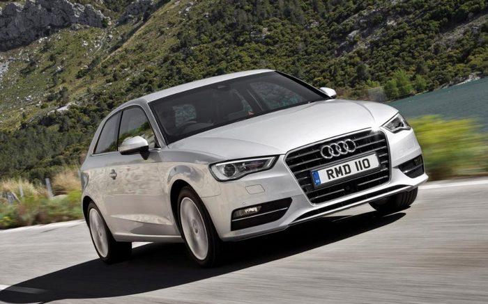 Автомобиль Audi A3.