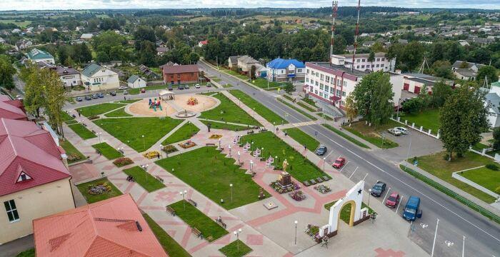 В результате коллективизации многие села укрупнились настолько, что стали еще в советское время небольшими городами. ¦Фото: planetabelarus.by.