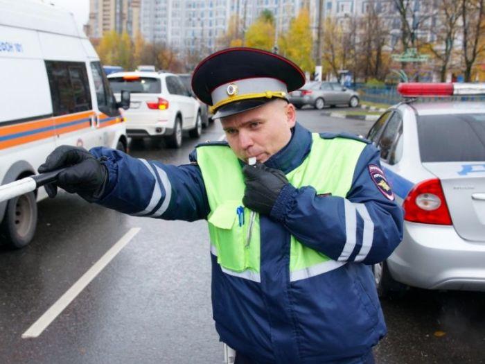 Инспектор имеет права потребовать. |Фото: business-vector.info.
