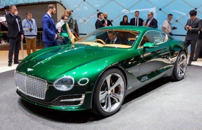 Автомобиль Bentley EXP 10 Speed 6.
