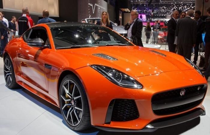 Автомобиль Jaguar F-Type СВР.