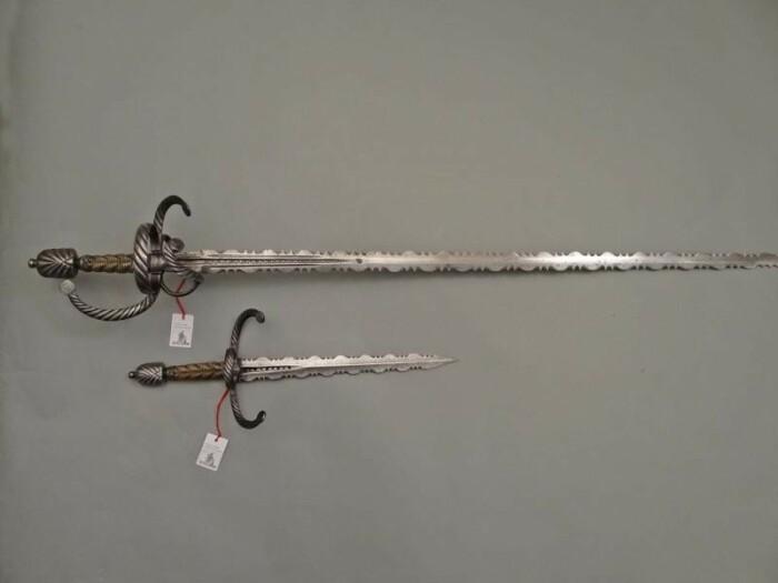 Фламберг - это не обязательно двуручный меч. |Фото: obobrali.ru.