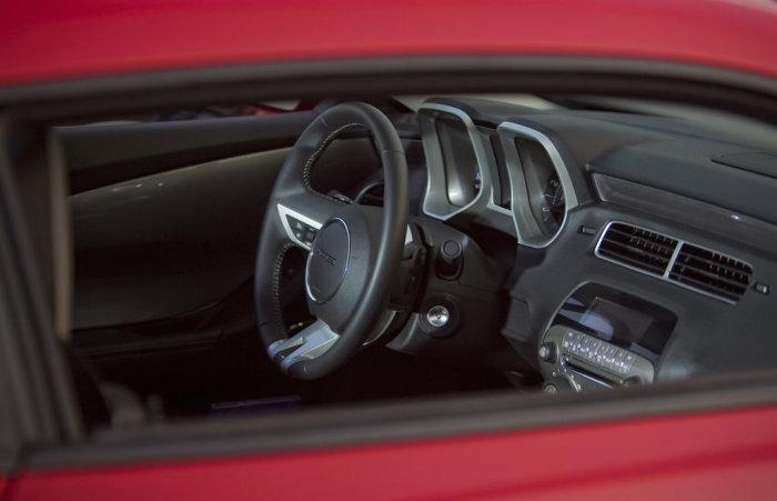 Chevrolet Camaro (5 поколение).