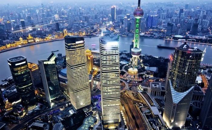 Шанхай - один из крупнейших городов мира.