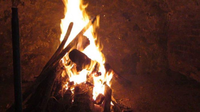 Проще всего просушить погреб огнем. |Фото: phservice.ru.
