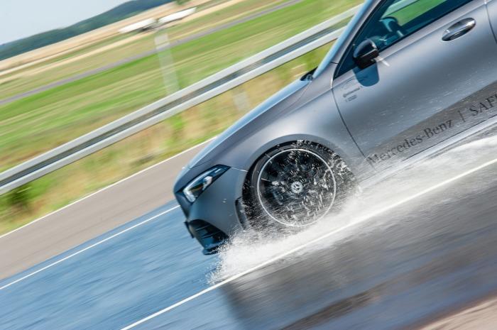 Вредит всему автомобилю.  Фото: auto-motor-i-sport.pl.