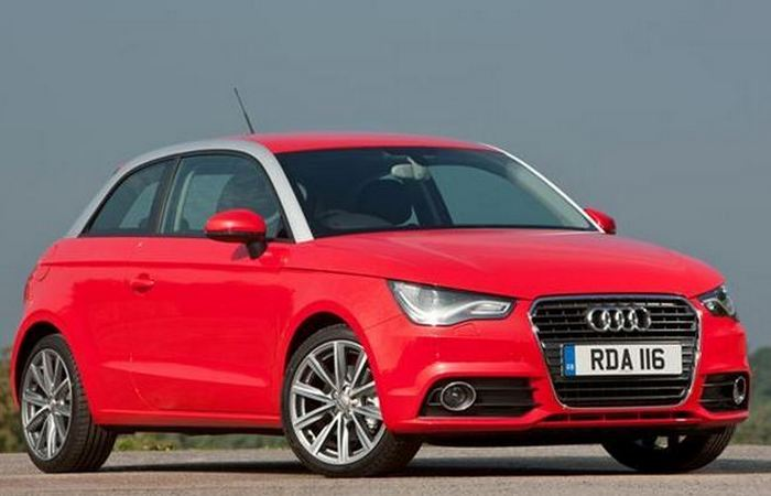 Автомобиль Audi A1.