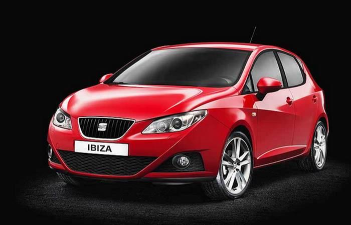 Автомобиль SEAT Ibiza.