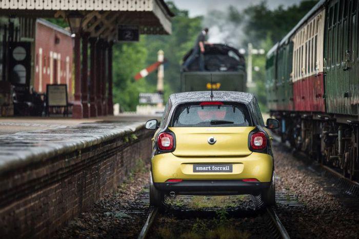 Smart mini-train в дороге.