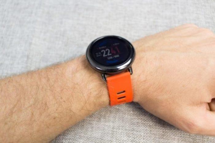 Если нужно что-то бюджетное, то ответ Xiaomi Huami Amazfit Watch.