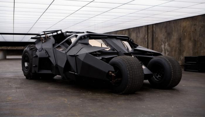 Тот самый автомобиль, того самого супергероя.