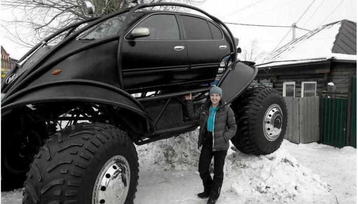 Безжалостный русский снегоход.