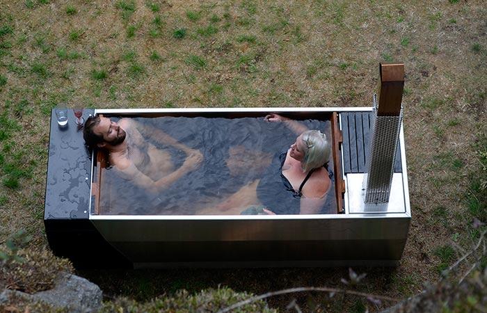 Полный релакс: горячая ванна под открытым небом.